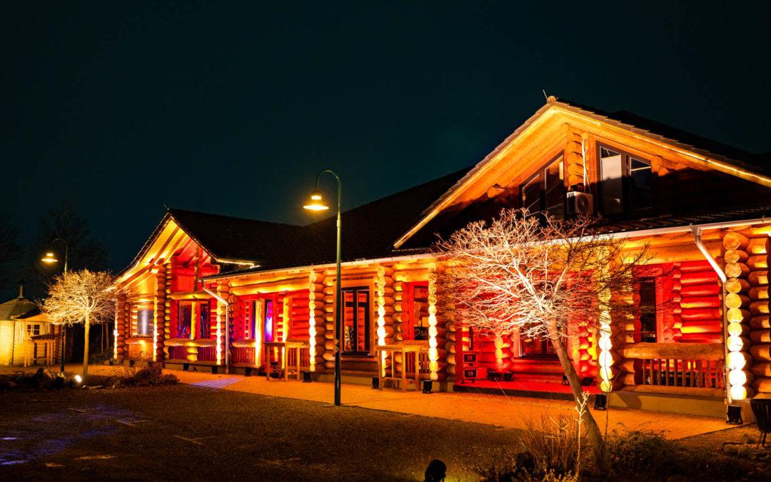Rodizio Blockhaus außen beleuchtet